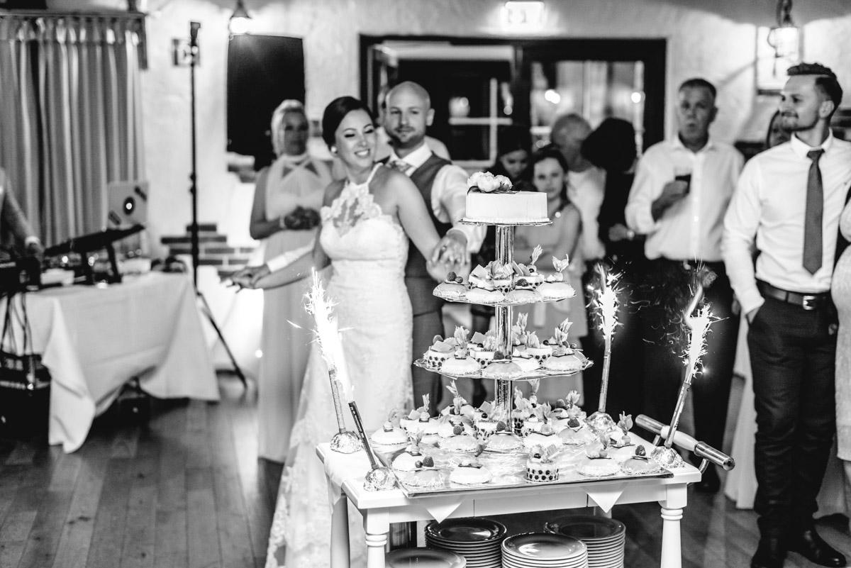 Hochzeitstorte-Erbhof-Backenkoehler-Ganderkesee